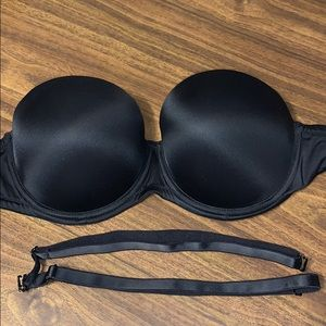 PINK Black Strapless Push Up Bra